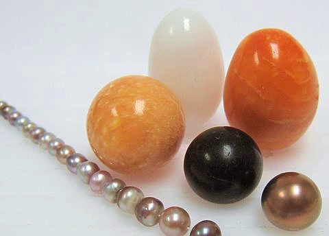 Natural Pearls Grouped Hero Image